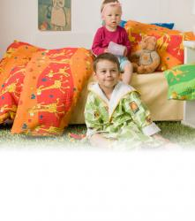 Detské bavlnené obliečky - Žirafa červená