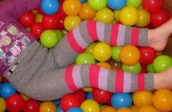 Detské legíny Design Sock - pruhované šedé